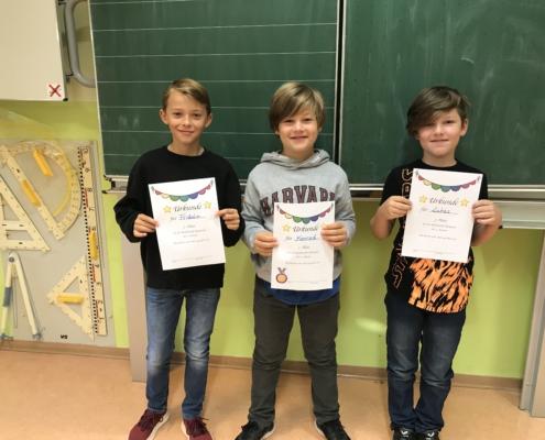 Fridolin (2), Konrad (1), Lukas (3) Klasse 4a